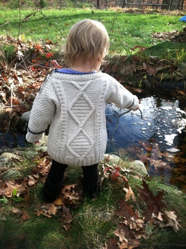 XXKnitWhispererXX made the sweater for her daughter.