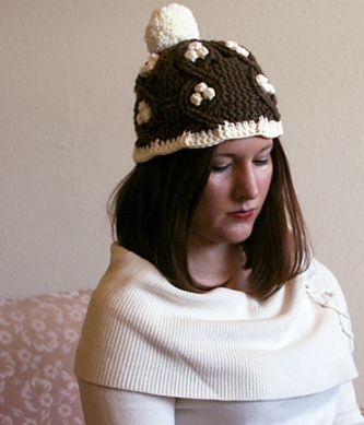 Dogwood Beanie by Kendall Nahorniak