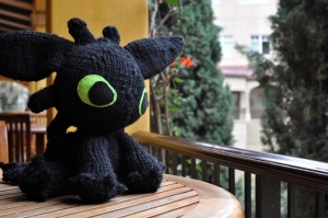 "Megan's knitted version of ""Toothless"""
