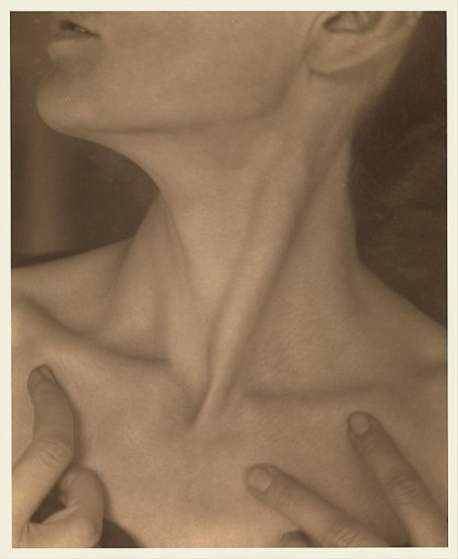 Alfred Stieglitz. Georgia O'Keefe - Neck, 1921