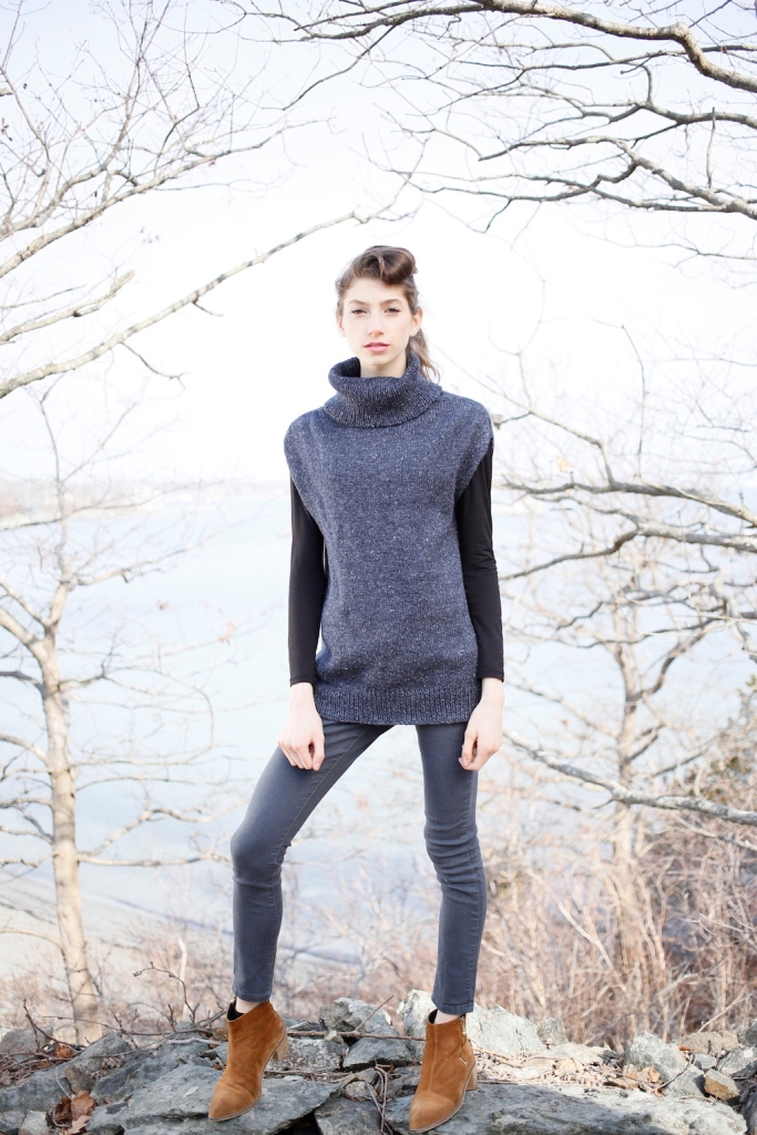 Bearberry pullover knitting pattern in Berroco Tuscan Tweed