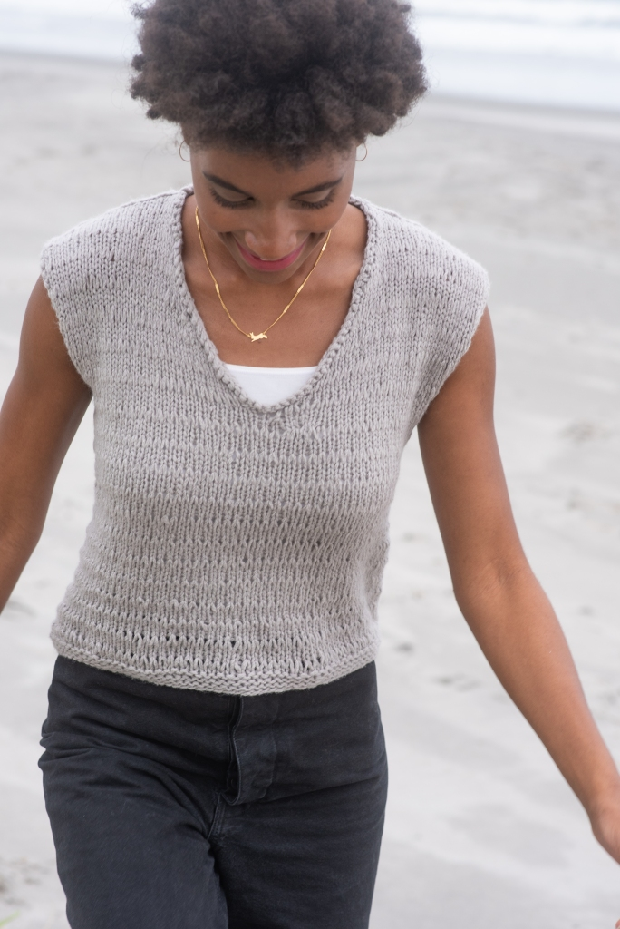 Lousious pullover knitting pattern in Berroco Vibe