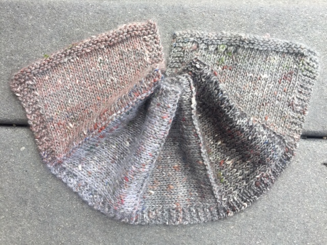 photo showing a swatch of berroco providence with langyarns lace